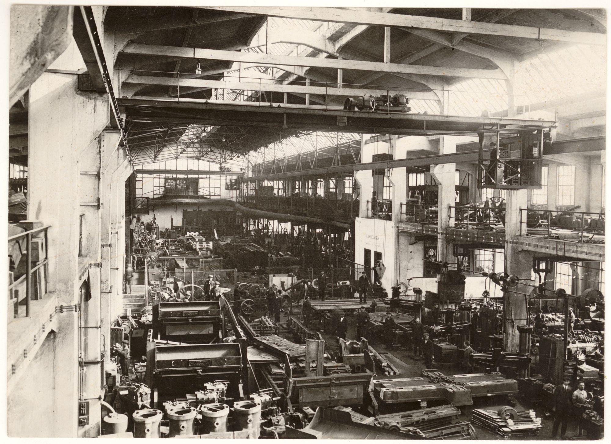wnetrze-fabryki-maszyn-i-wagonow-l-zieleniewski-fot-agencja-fotograficzna-swiatowid-okolo-1928